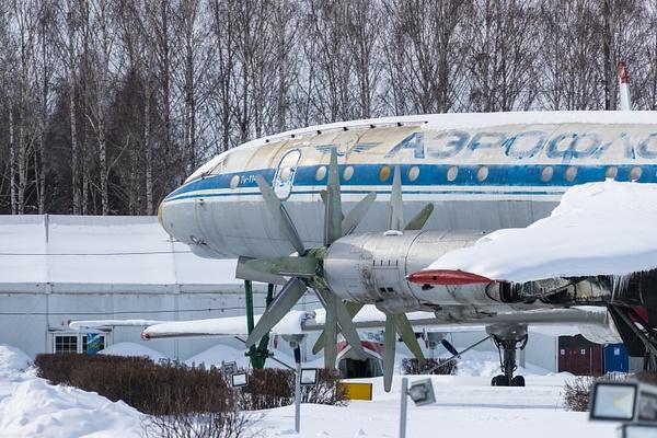 BA5I2141 by IgorKolokolov