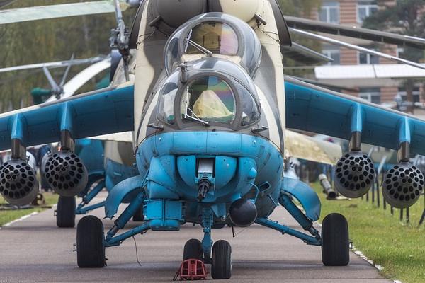 BA5I5911 by IgorKolokolov