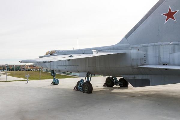 BA5I8042 by IgorKolokolov