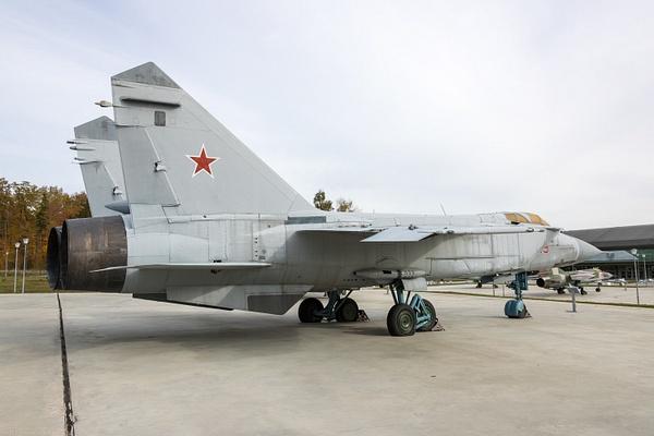 BA5I8025 by IgorKolokolov