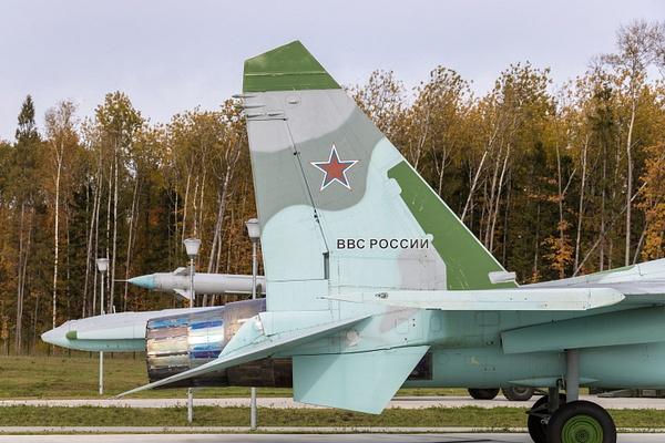 BA5I8027 by IgorKolokolov