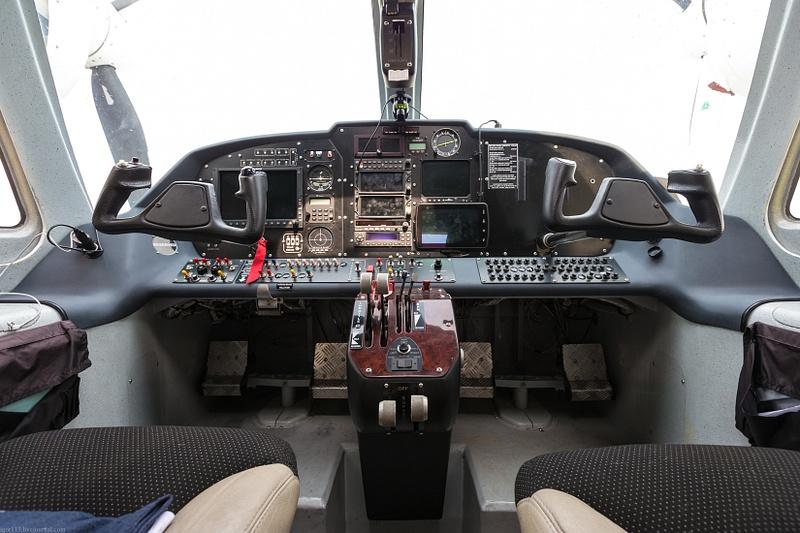 GN5Q7302
