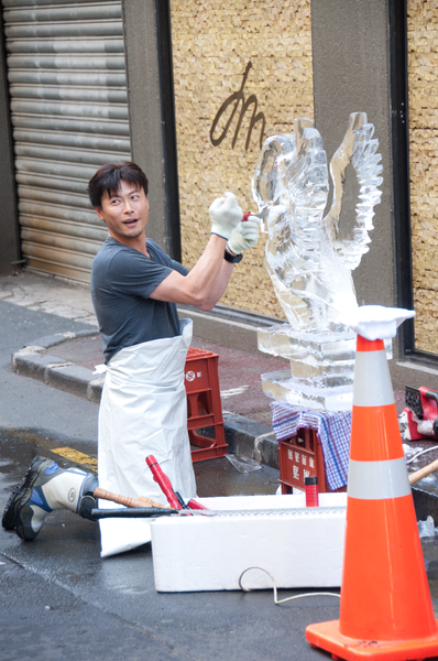 Chef preparing the ice sculpture for his Japanese...