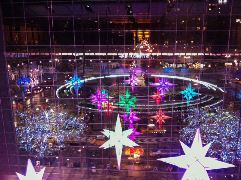 Giant snowflakes brighten up Columbus Circle
