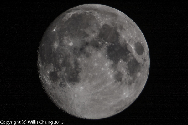 2013Sept Full Moon 500mm D7100 by Willis Chung