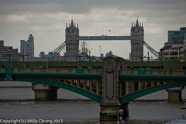 Tower Bridge by Willis Chung