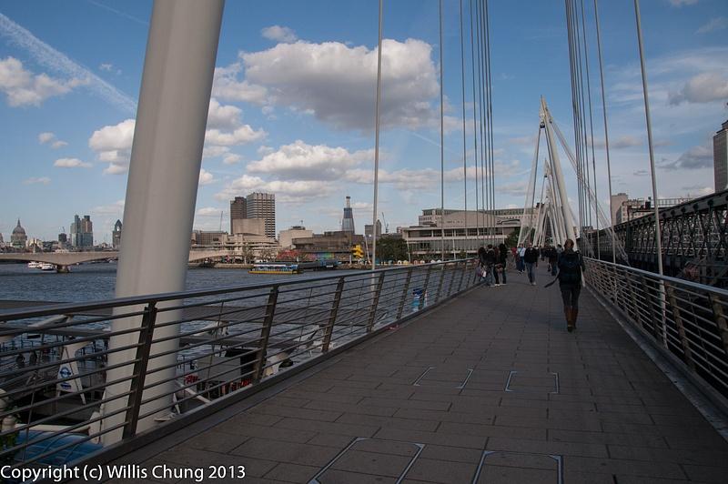 Taking a walk along the Thames
