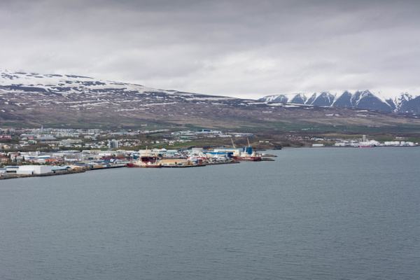 Coming down into Akureyri, a really nice looking small...