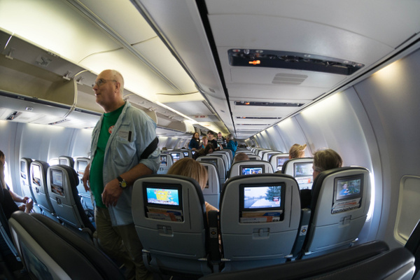 A 737 looks spacious through a 10.5mm superwide! by...