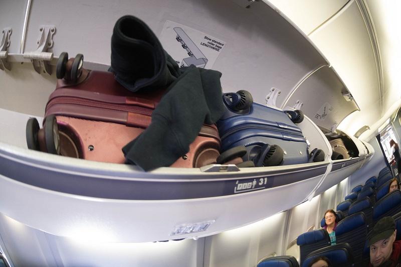 Plenty of overhead bin space for scuba camera gear!