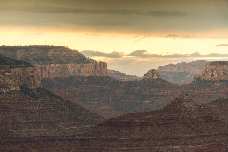 Buttes in the distance, Grandview Point