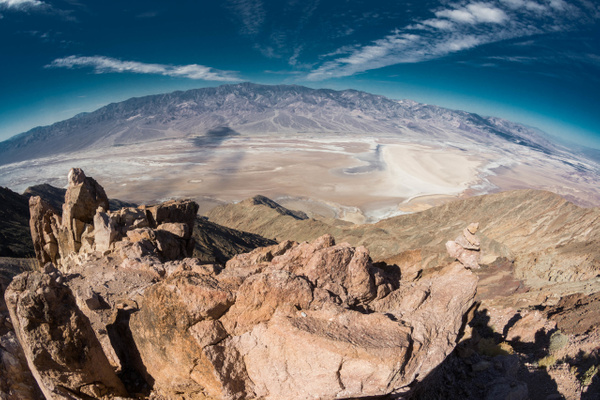 Another look at the clouds over Death Valley by Willis...