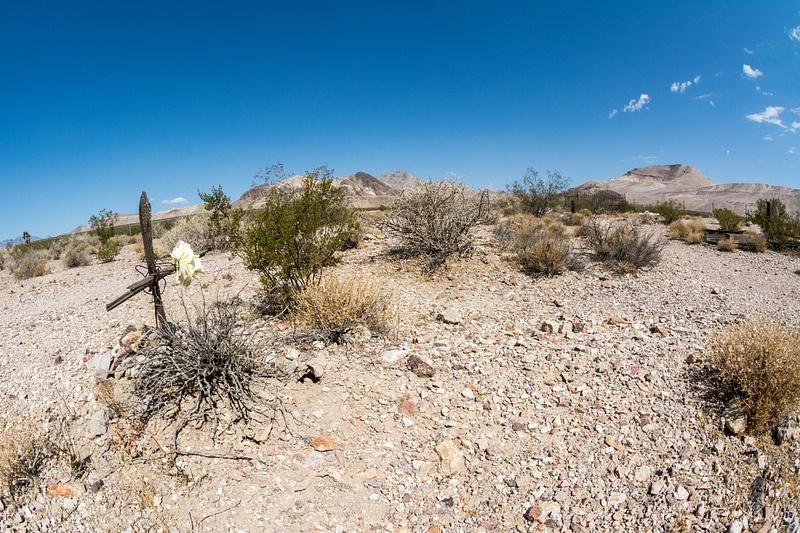 Lonely but not forgotten gravesite, Bullfrog-Rhyolite Cemetery, Rhyolite, Nevada, USA