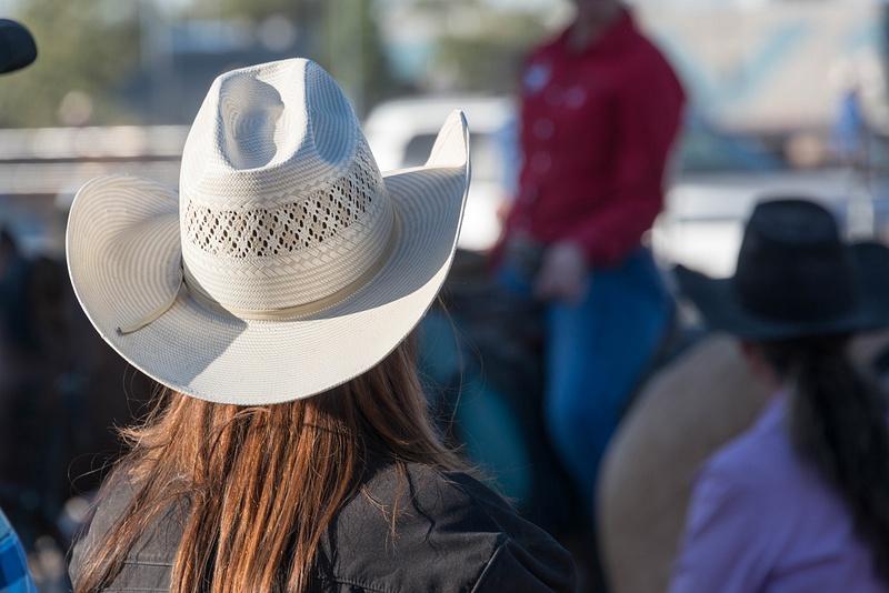 Nice hats doing a great job keeping heads cool.