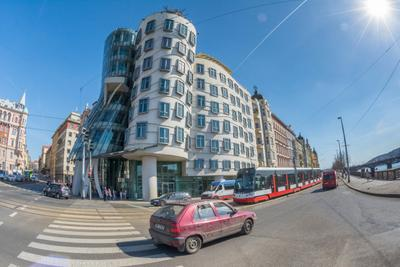 Day 7 PM Dancing House