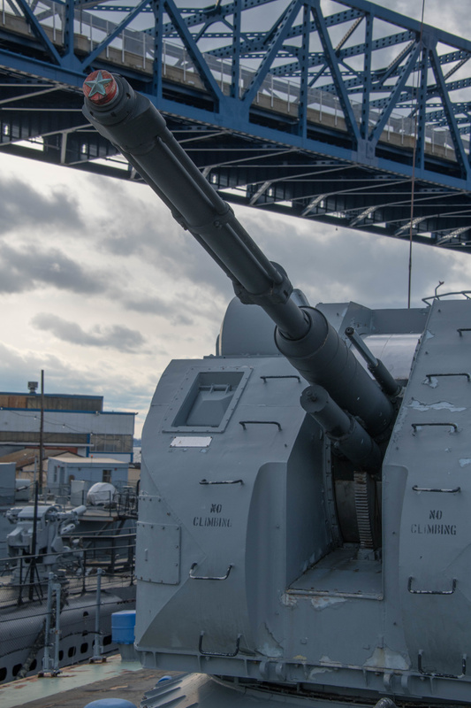 76 mm AK-176 main gun turret, with up to 152 rounds ready to fire in the turret