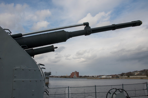 76 mm AK-176 main gun, useful against aerial and surface...