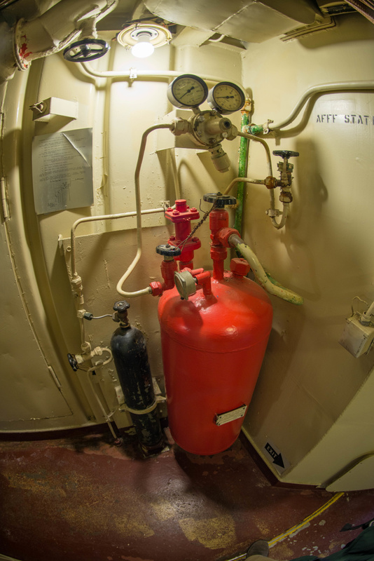 Fire control equipment aboard the Hiddensee.