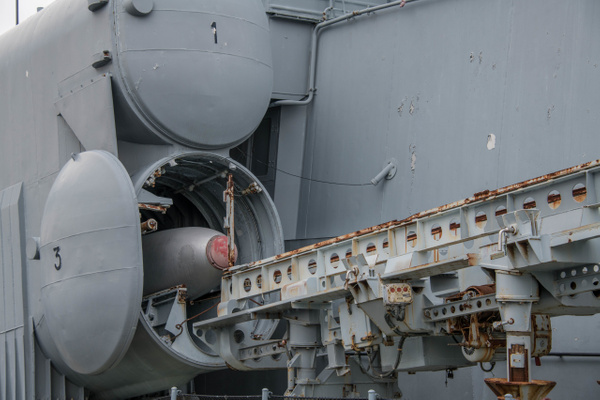The front hatch on launcher 3 on the Hiddensee is opened...