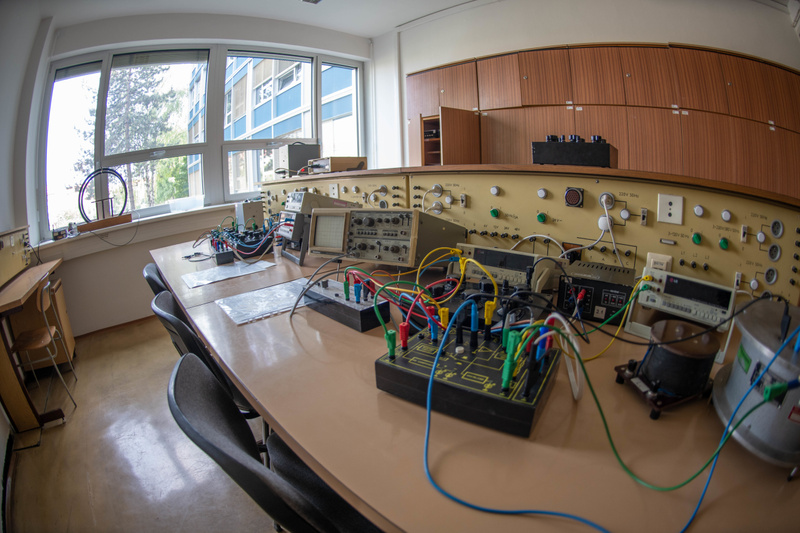 Electronics lab benches at Faculty of Electrical Engineering, Czech Technical University in Prague