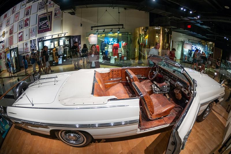 Webb Pierce's gunned up 1962 Pontiac Bonneville