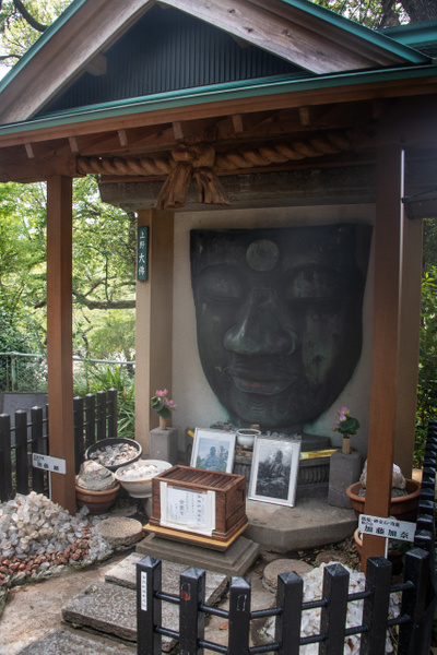 Day 17 Ueno Daibutsu Giant Buddha by Willis Chung