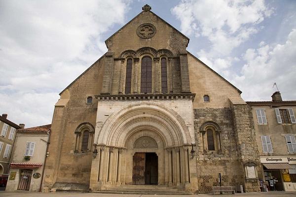 St Sever, Landes by MartinBishop