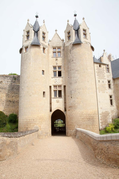 Chateau de Montreuil-Bellay by MartinBishop