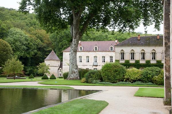 Abbaye de Fontenay by MartinBishop