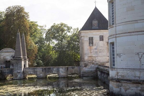 Château de Tanlay by MartinBishop