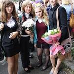 2012.09.01 У школы