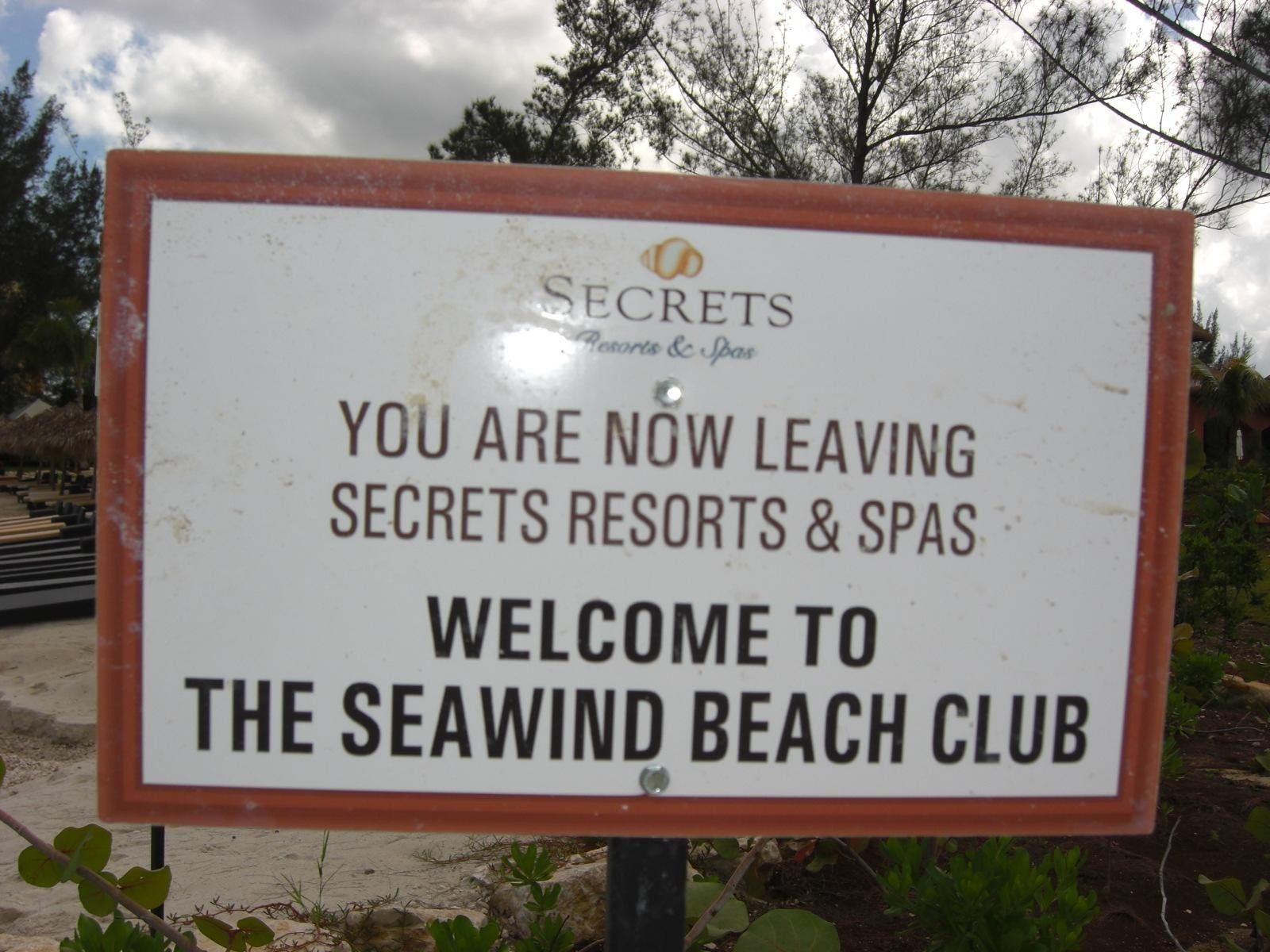 Seawinds Beach Club By Flipflopman