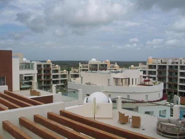 Terrace Suites by flipflopman