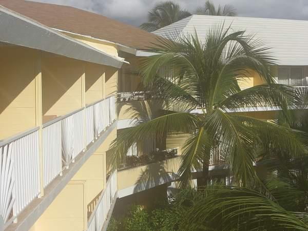 Balcony side view