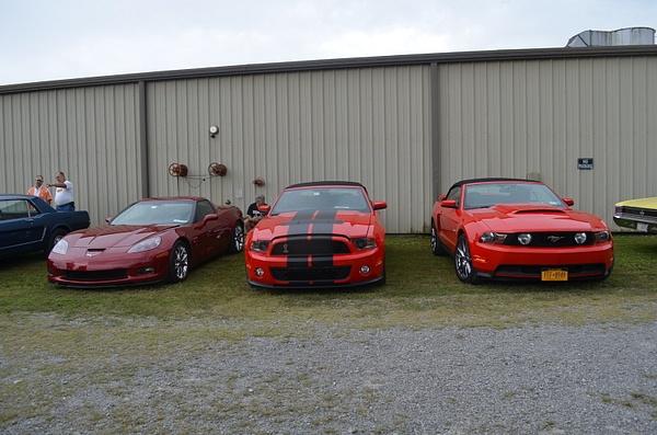 Oakwood Surplus Barn 09-08-12 by KCarter