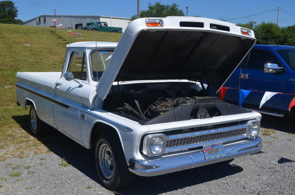 Oakwood Surplus Barn 9/14/13 by KCarter