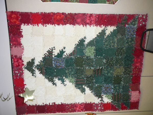 December 2013 by UniversalQuilters