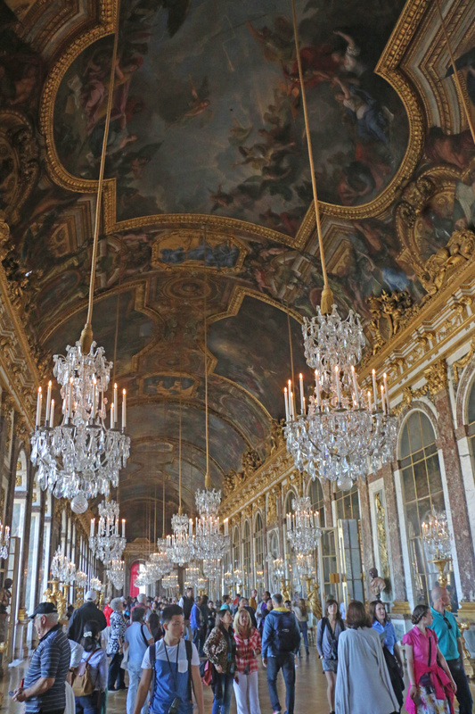 Versailles' Hall of Mirrors