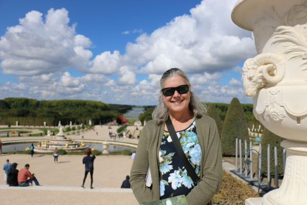 Georgia at Versailles with the Latona Fountain in the background