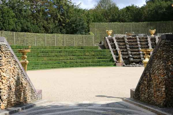 Gardens of Versailles-The Ballroom Grove