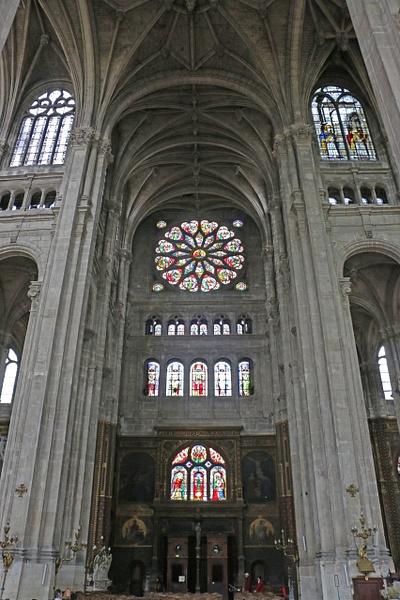 Church of St Eustace-Trancept Rose Window