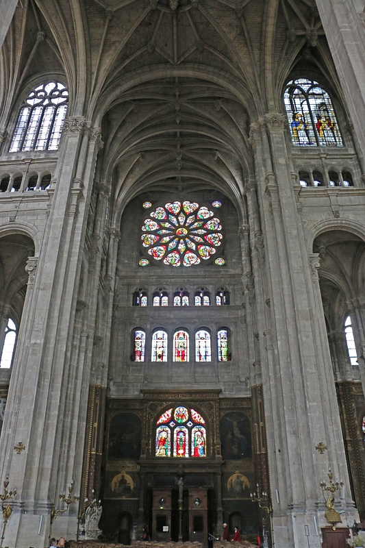Church of St Eustace-Trancept Rose Window