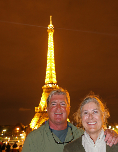 Tom and Georgia on the Place du Trocadéro, across the Seine from the Eiffel Tower