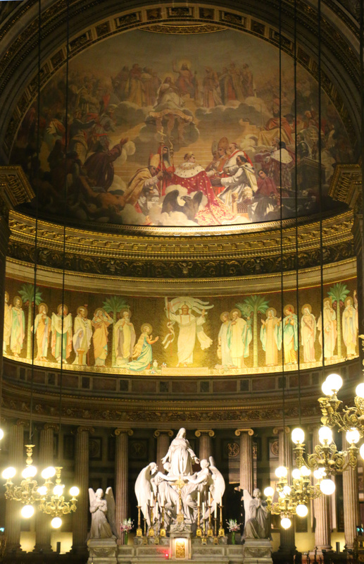 Interior of La Madeleine-Frescoed half dome above the altar