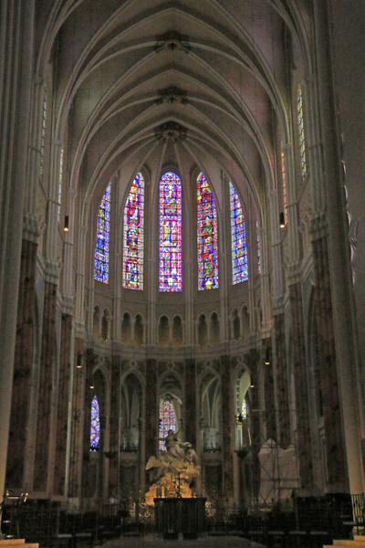 Chartres Cathedral-Altar and apse