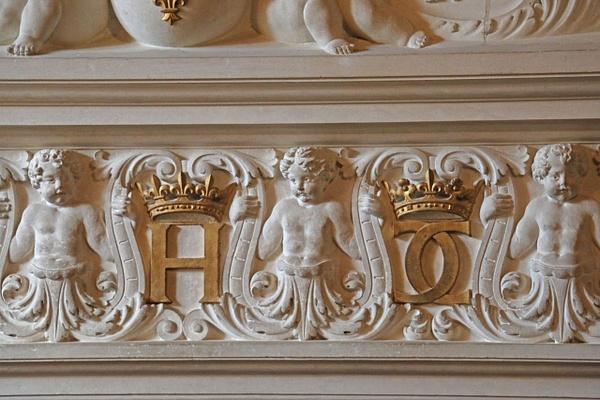 Diane de Poitier's bedroom-Fireplace detail
