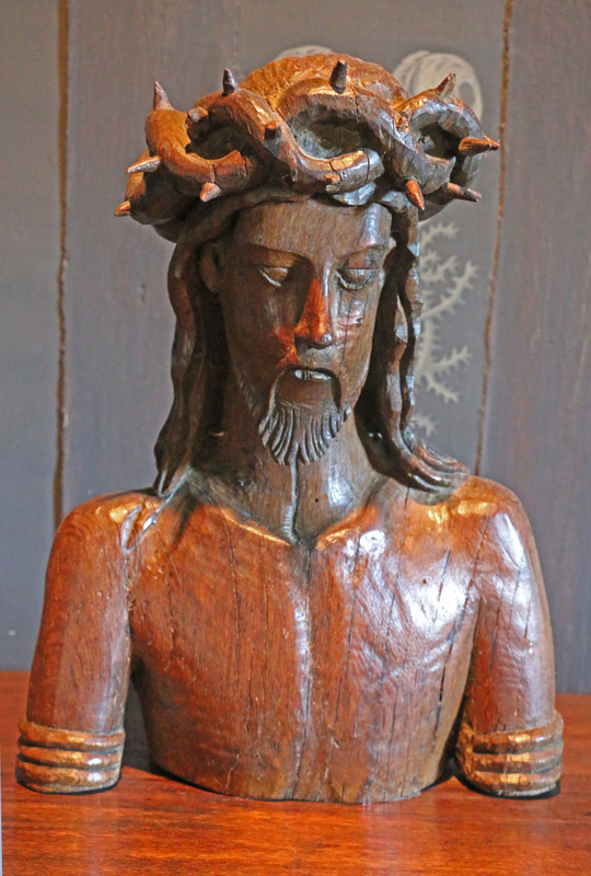 Wood carving of Christ in the Medici Gallery