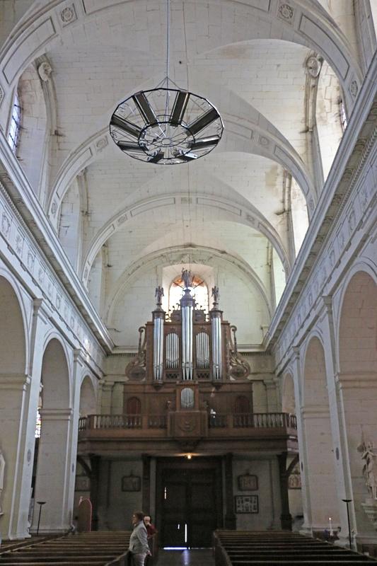 Nave, Eglise Notre Dame