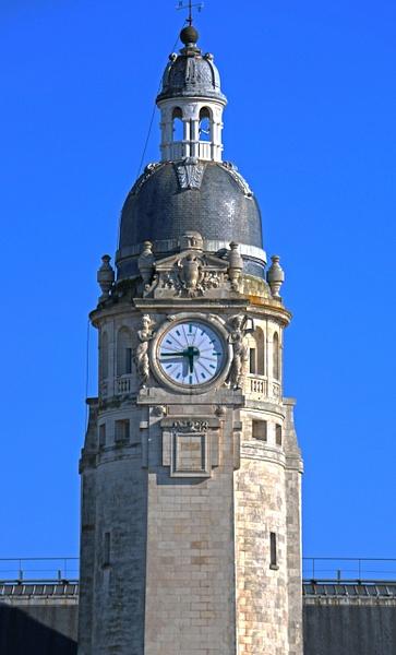 Tower detail-Gare de La Rochelle