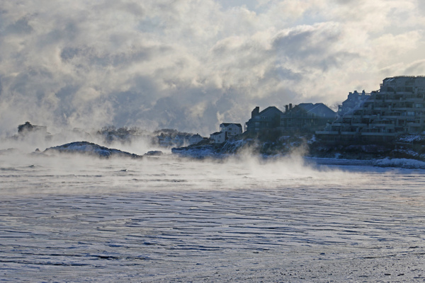 Hull: Nantasket Beach's shallows freezing over